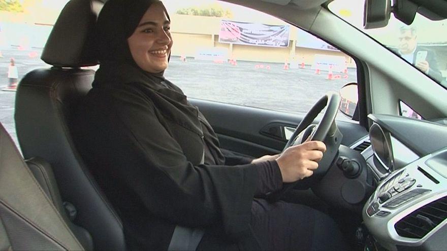 Watch: Saudi women take the wheel