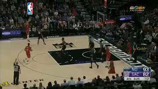 NBA: Rekord vezéráldozattal