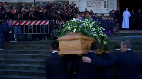Fiorentinalı futbolcu Astori gözyaşlarıyla uğurlandı