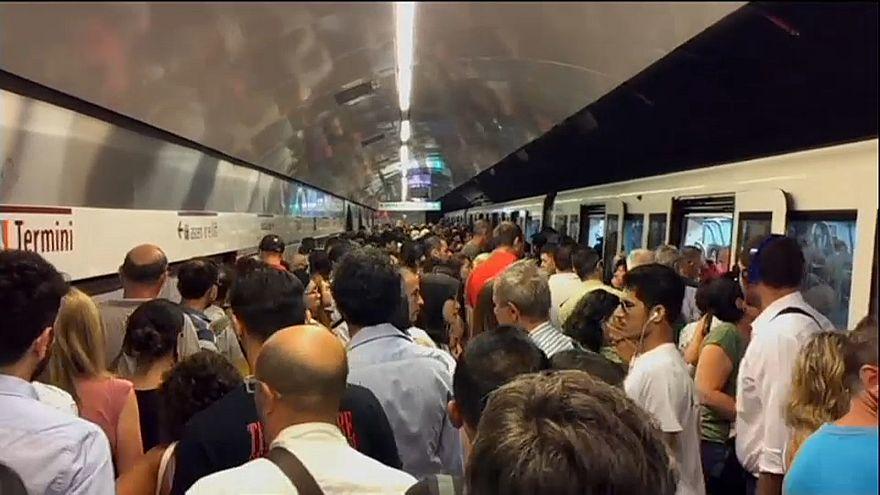 Der öffentliche Verkehr streikt zum Frauentag.
