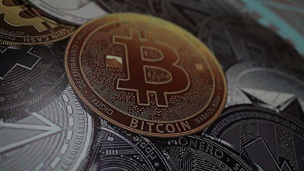 """Braquages à répétition dans """"des fermes de bitcoin"""" en  Islande"""