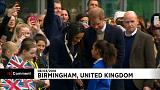 El príncipe Enrique y Meghan Markle causan furor en Birmingham