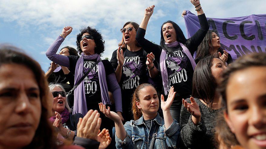 Espagne : les femmes en grève