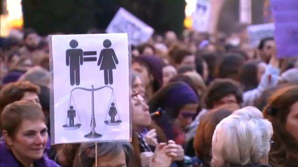 Un 8 mars historique pour les femmes?