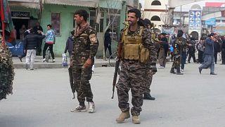 حضور نیروهای امنیتی در اطراف محل انفجار در کابل افغانستان