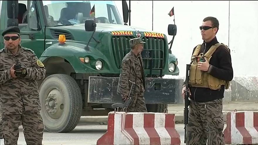 Afghanistan: attentato kamikaze a Kabul, ci sono vittime