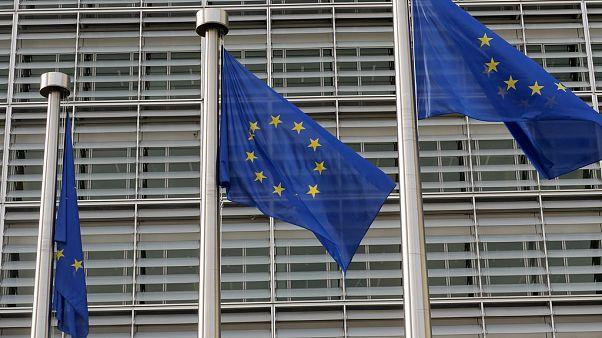 راههای مقابله اروپا با فرمان تعرفه گمرکی ترامپ چیست؟