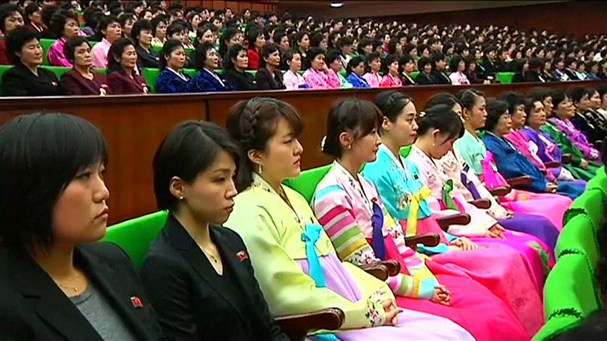 شاهد: كوريا الشمالية تحتفل باليوم العالمي للمرأة