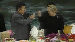 US Secretary of State Madeleine Albright and North Korea leader Kim Jong-Il