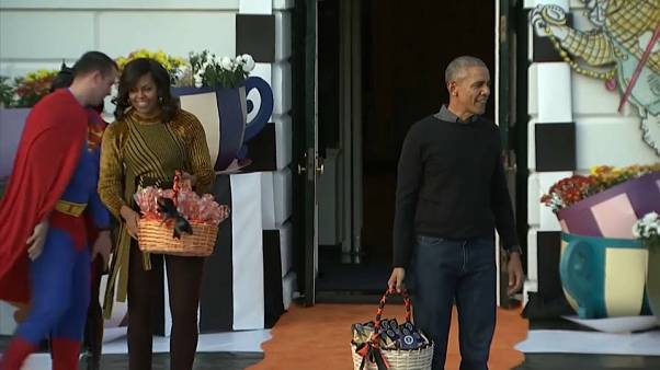 قريبا.. باراك أوباما وزوجته على خدمة نتفليكس في برنامج حصري