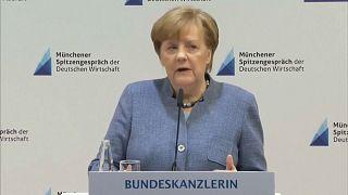 """Merkel: Strafzölle """"nachteilig für alle"""""""