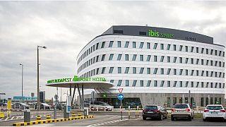 Hivatalosan is megnyílt Magyarország első repülőtéri hotelje