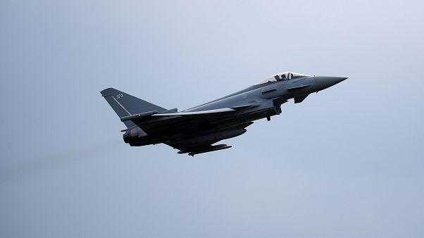 عربستان سعودی ۴۸ فروند هواپیمای جنگی تیفون خریداری می کند