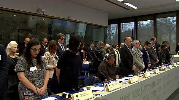Brüksel'de terör mağdurları anıldı