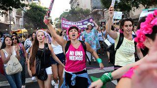 Argentinien: Zehntausende demonstrieren für Frauenrechte