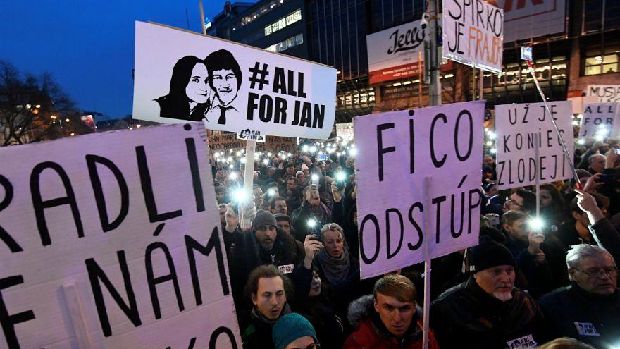 Kormányellenes tüntetések Szlovákiában