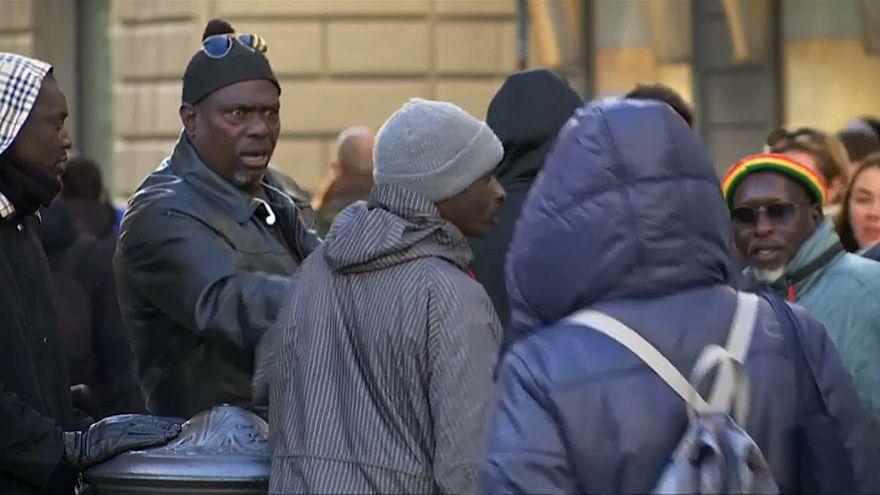 شبح العنصرية يؤرق يوميات المهاجرين الأفارقة في إيطاليا