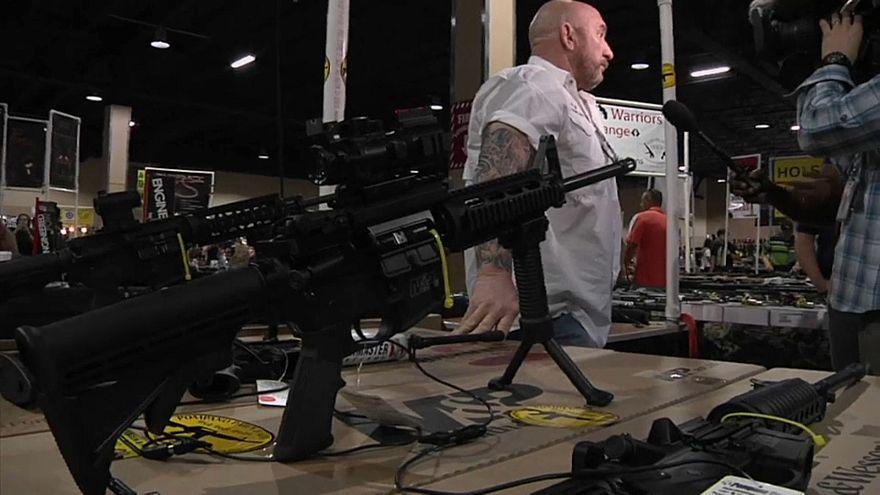"""""""Lobby"""" das armas dos EUA processa estado da Florida"""