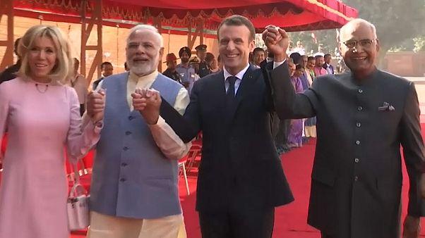 """França quer ser principal """"parceiro estratégico"""" da Índia na Europa"""