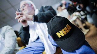 Οξεία αντίδραση της Ένωσης Όπλων (NRA) που μηνύει την Πολιτεία της Φλόριντα