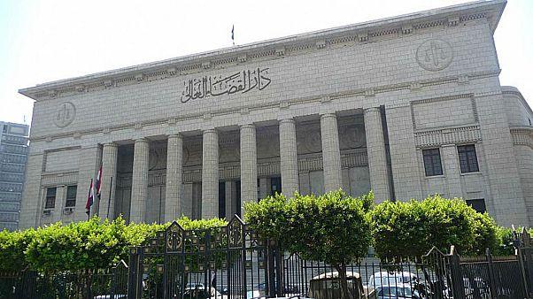 """جنايات الجيزة تقضي بإعدام عشرة أشخاص بتهمة تشكيل جماعة مسلحة في قضية """"خلية إمبابة"""""""