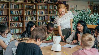 کدام زبانهای خارجی را برای داشتن آیندهای بهتر به کودکانتان بیاموزید؟