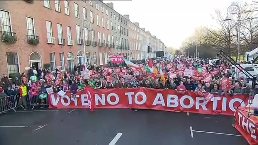 مسيرة مناهضة للإجهاض القسري في دبلن