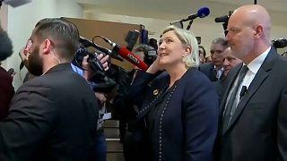 Le Pen mantém liderança da Frente Nacional
