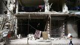 قصف النظام السوري طال مقبرة دوما والأهالي عاجزون عن دفن ضحاياهم