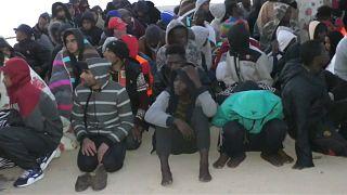 Akdeniz'de 237 göçmen kurtarıldı