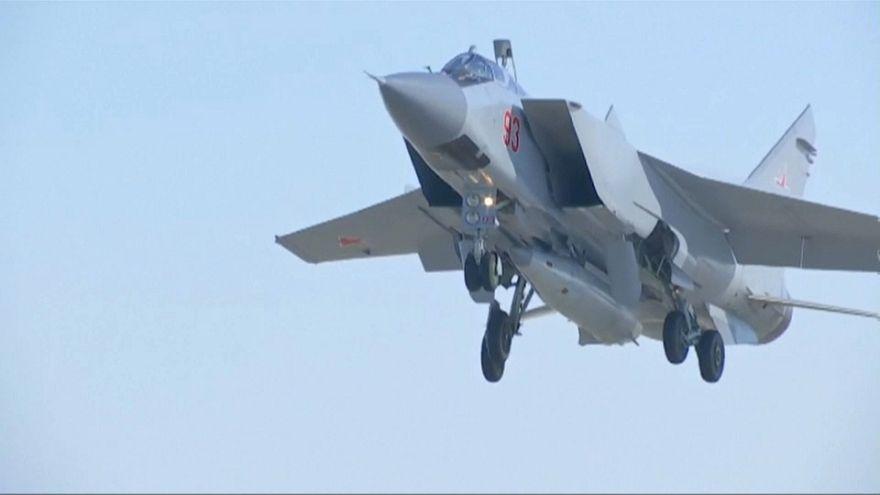 Rusia prueba con éxito su misil hipersónico