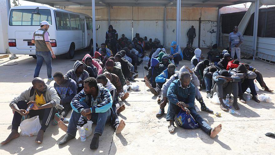 Les garde-côtes libyens sauvent 250 migrants en Méditerranée