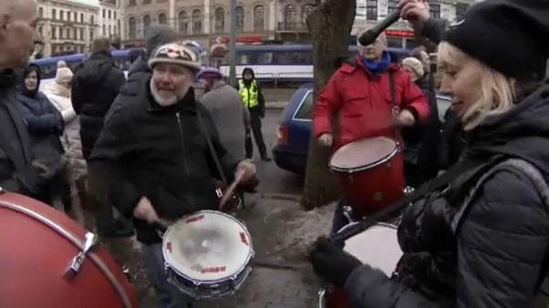 Λετονία: Στους δρόμους οι ρωσόφωνοι κάτοικοι