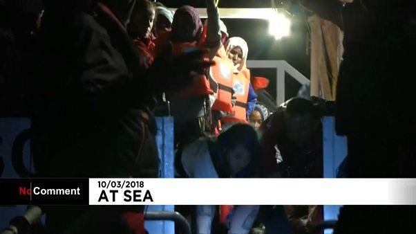 Rescate de un centenar de migrantes cerca de las costas libias
