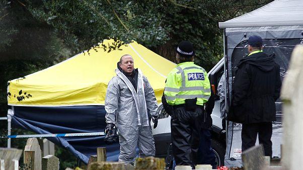 حمله با گاز اعصاب به جاسوس روس در بریتانیا؛  پلیس از مشتریان بار خواست لباسهایشان را بشویند