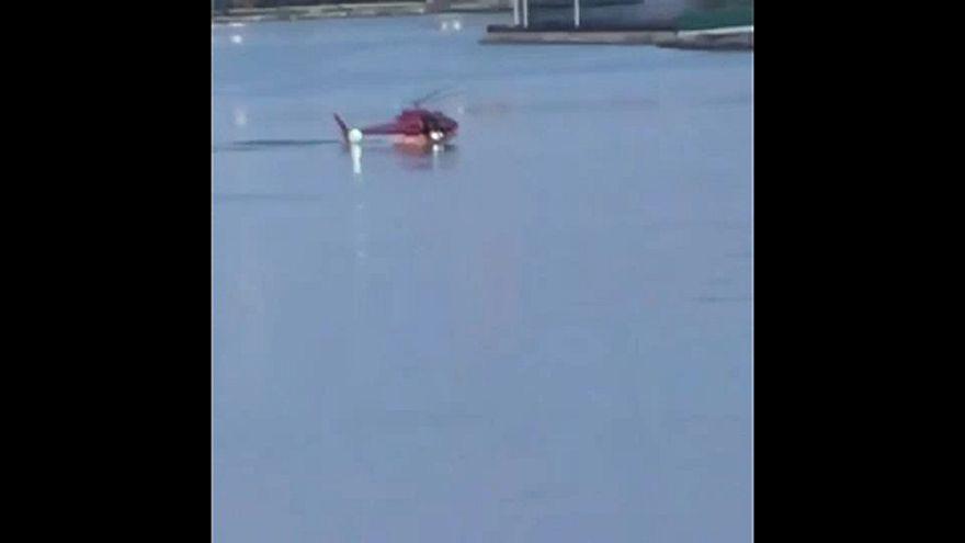 Elsüllyedt egy helikopter az East Riveren New Yorkban
