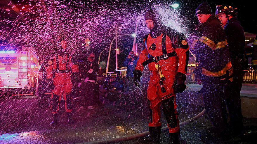 تحطّم مروحية سياحية في نيويورك ومقتل راكبين على الأقل