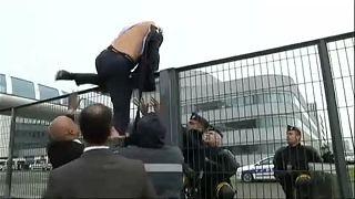 Folytatódik a tárgyalás a megtépett Air France vezetők ügyében