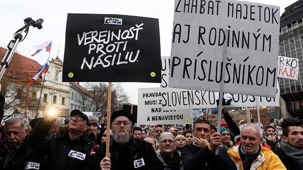 Ministro do Interior da Eslováquia demite-se na sequência de homicídio de jornalista