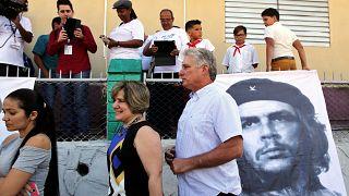 """Eleições marcam fim da """"era Castro"""" em Cuba"""