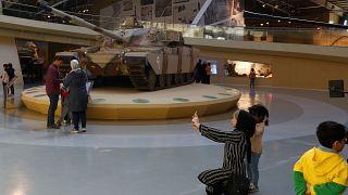 إنفوغرافيك: السعودية ومصر والإمارات ضمن أكبر مستوردي الأسلحة بالعالم