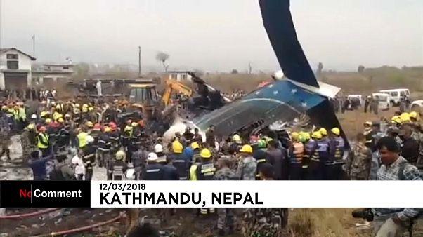 В Непале разбился самолет