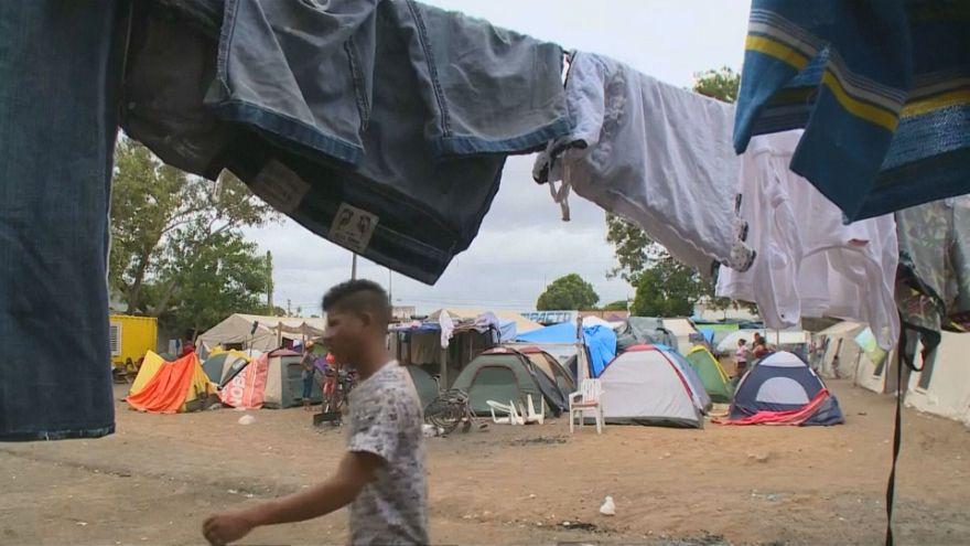 Decenas de miles de venezolanos acampan en Brasil