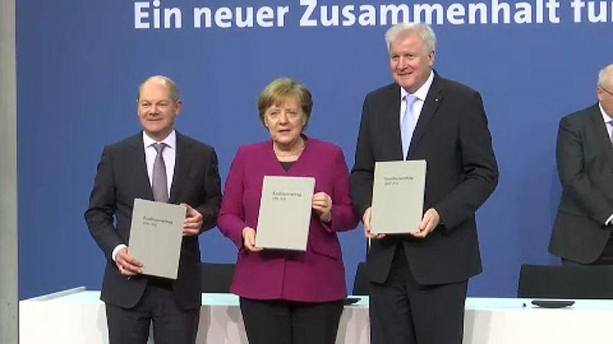 Aláírták a koalíciós megállapodást Berlinben
