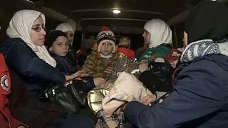Szíria: 350 ezren haltak meg a polgárháborúban