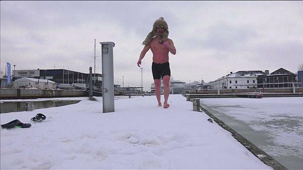 رقابتهای جهانی شنا در آبهای سرد استونی