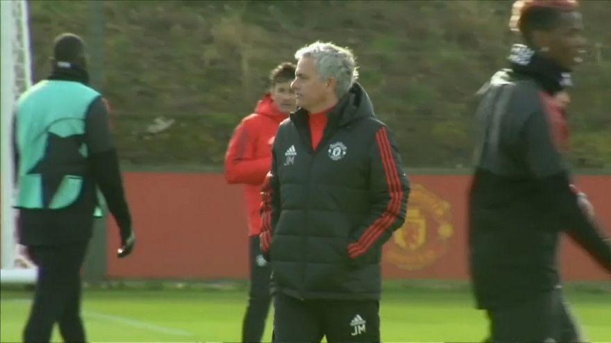 Champions league: Duello De Boer vs Mourinho