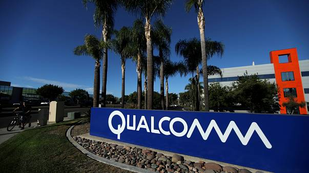 Trump blocks Qualcomm takeover by Broadcom