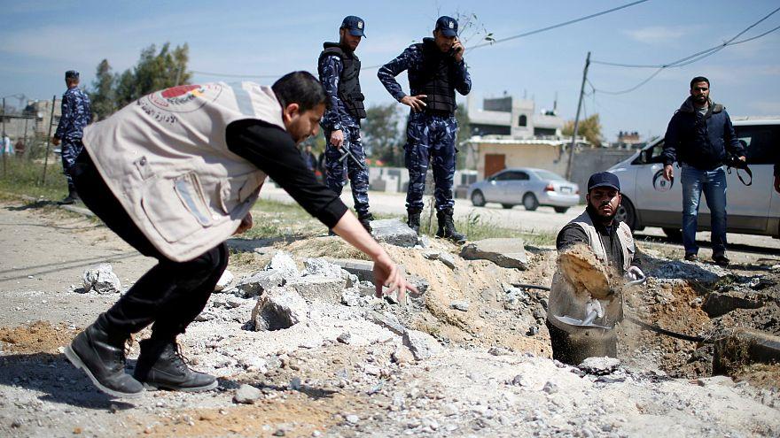 بمبگذاری در مسیر حرکت خودروی نخست وزیر تشکیلات خودگردان در نوار غزه