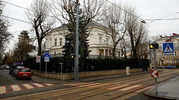 حمله به اقامتگاه سفیر ایران در وین